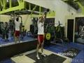 Махи с гирей или гантелей. Фитнес упражнение. Обучающее видео